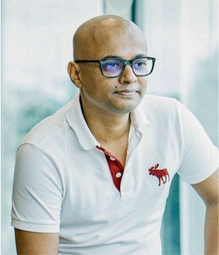 Arshad Liaquat, Managing Director sitting inside Mindcurv Technology Solutions office in Cochin India